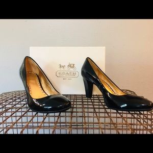 COACH Patent Leather Heels Shiny Black sz7.5